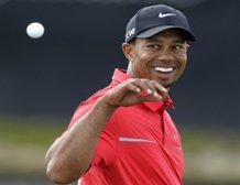 Tiger playing like his major magic is back