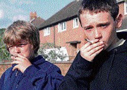 Kids of divorced parents more likely to smoke