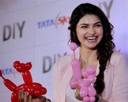 Masala entertainers hassle-free for actresses: Prachi Desai