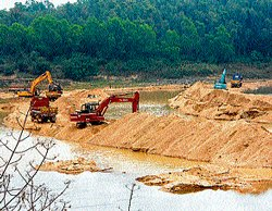 Illegal sand mining thrives in Hassan
