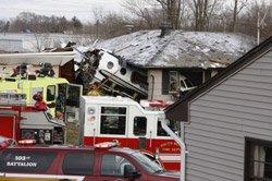 Jet crashes in U.S. neighbourhood; two killed
