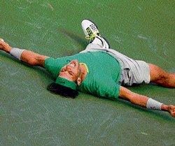 Nadal returns to old ways