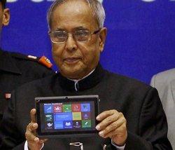 HRD in rethink mode over Sibal's Aakash tablet