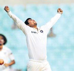 Ojha reaches 100-wicket milestone in Tests