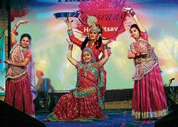 Holi revelry with 'Raasrang'