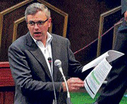 Omar accuses Centre of being picky