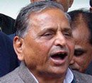 Mulayam Singh hits out at Congress; calls them 'clever and cheats'