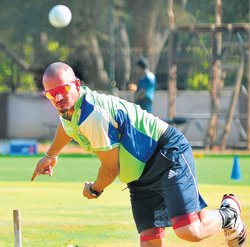 Spinners have adapted, says Murali Kartik