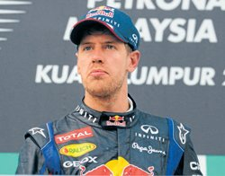 Vettel says sorry to Red Bull staff