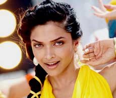 Deepika takes time out to perform at IPL