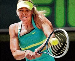 Sharapova sets up final date with Serena