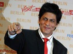 SRK promises a spectacular show