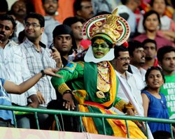 Holiday, RCB form bring frenzied fans back to stadium