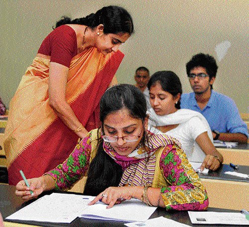 Over a lakh write CET on Day One