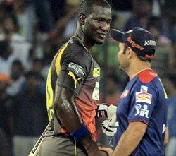 Delhi no match for superb Sunrisers