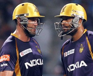 Mumbai favourites against Kolkata