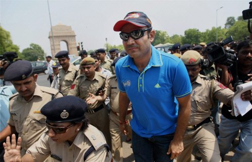 Sehwag's traffic awareness programme turns into flop show