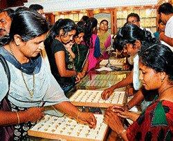 Gold rush soars on Akshaya Tritiya day
