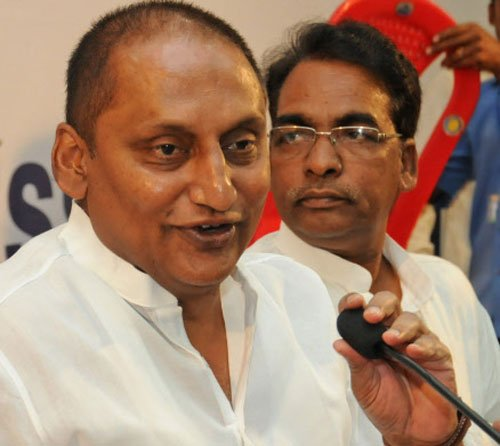 Andhra CM to visit Delhi to discuss tainted ministers