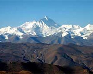 Woman mountaineer from Bengal climbs Mt Everest
