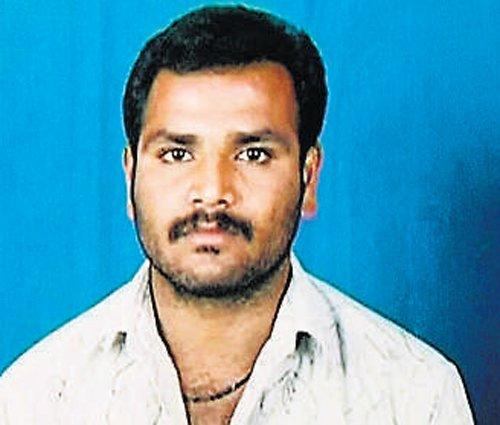 Suspecting fidelity, man kills wife