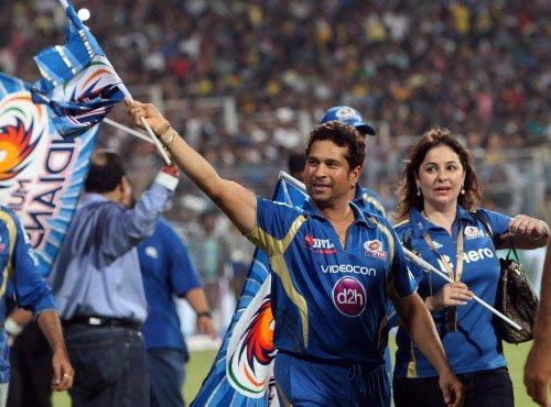 Tendulkar bids adieu to IPL, Sharma dedicates title to him
