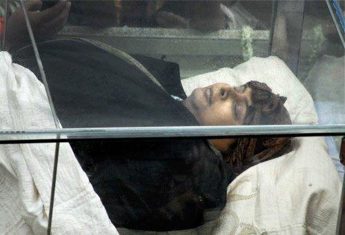 Kolkata bids tearful farewell to Rituparno