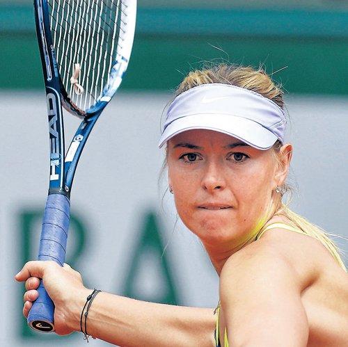 Battling wins  for Sharapova and Azarenka