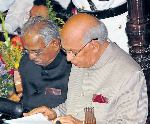Govt to formulate land, textile policies: Guv