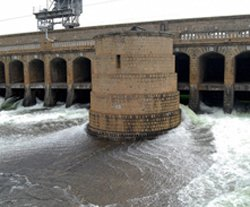Govt on mat over governor's  address on Cauvery projects