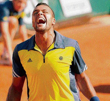 Tsonga delivers the knockout blow to Federer