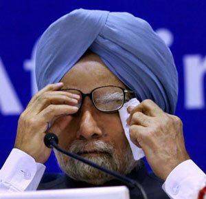 Naxal violence has no place in democracy, says PM