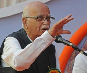 'Ill' Advani gives Modi a headache at BJP meet
