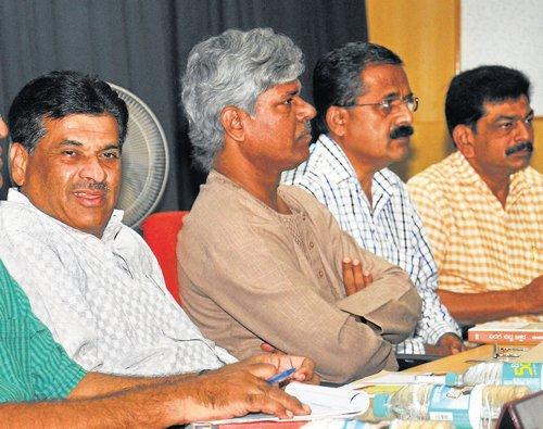 UoM to publish Devanur Mahadeva's works: VC