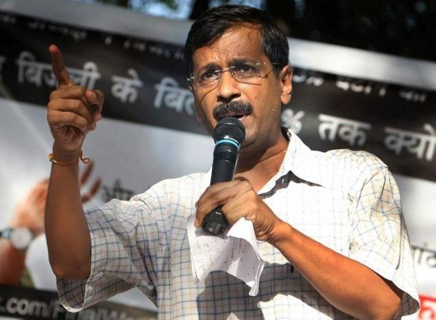 Ad ban on 3-wheelers: Kejriwal extends support to auto drivers