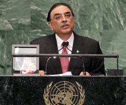 Will work to improve ties with India: Zardari