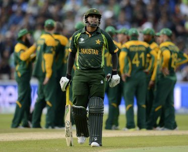 Former Pak players criticise team's dismal show in CT