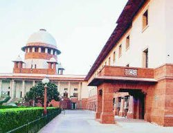 SC quashes IPS officer's appeal in  Ishrat case
