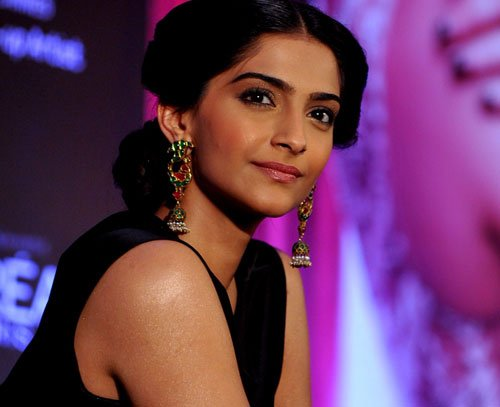 Wouldn't be working with Abhay if I had problem: Sonam Kapoor
