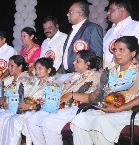Nursing directorate urged  to address problems