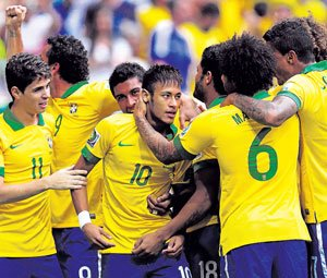 Neymar stunner sets Brazil on course