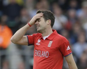 Anderson denies tampering charges