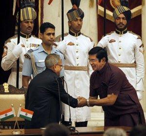 State rewarded additional cabinet berth