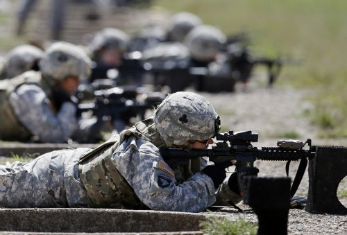 US allows women to join Navy SEALS, Army rangers