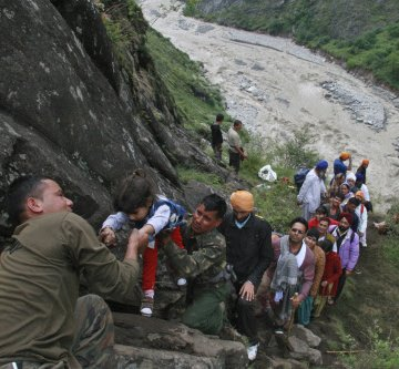 Droughts, floods come as wake-up call: Greenpeace