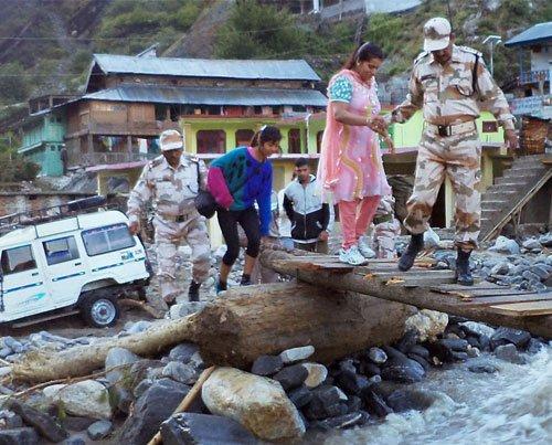 200 pilgrims rescued, 500 still stuck in Badrinath