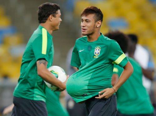 Neymar nominated for Golden Ball