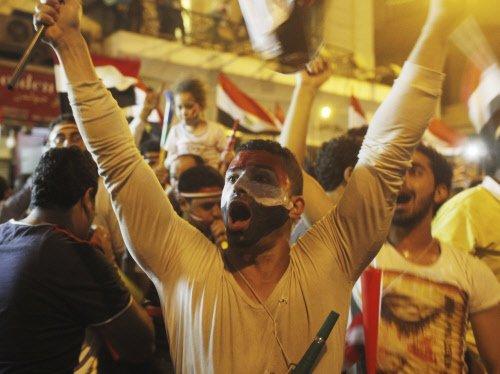 Obama urges return to civilian rule in Egypt