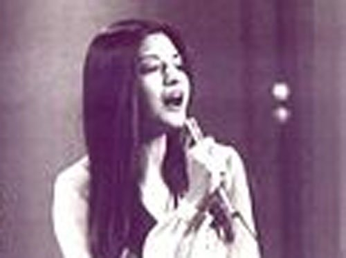 Nazia Hassan's son leads musical tribute