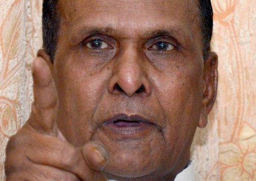 'Humiliated' Beni Prasad Verma threatens to quit Congress
